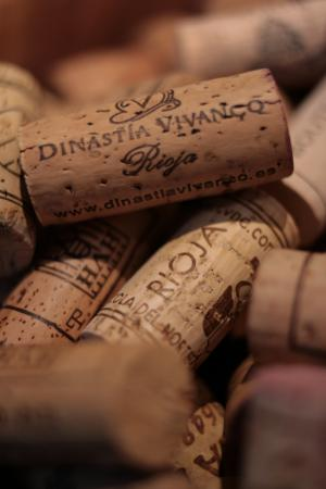 Dinastia Vivanco Rioja Wine Cork